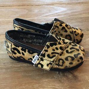 TOMS Girls Gold Glitter Leopard Metallic Shoes
